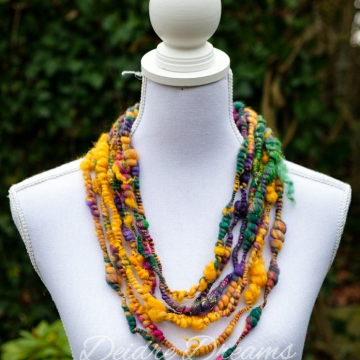 Wool Necklace - Infinity Cowl - Art Yarn Necklace